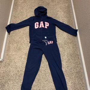 Gap Matching Sweater+Sweatpants